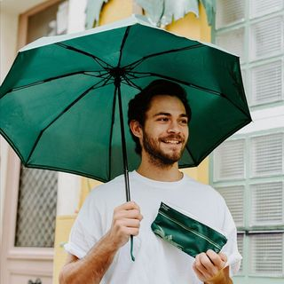 C'est parti pour notre troisième nuage de soldes ! Rendez ce mardi meilleur avec un Beau Nuage : -25% sur l'original; -30% pack couple; -35% pack famille 😮☔ . It's time for our third wave of sales! Make this Tuesday better with a Beau Nuage: get 25% off The Original; 30% off The Couples Bundle; and 35% off The Family Bundle! 😮 ☔ .  #beaunuage #monbeaunuage #parapluie #umbrella #rain #happy #instagood #love #picoftheday #mode #fashion #elegance #nature #beautiful #innovation #art #lookgoodfeelgood #instapic #instamood