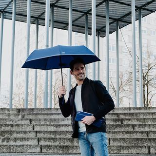 Venez visiter notre désormais célèbre blog de la pluie ! 🌧 Vous y trouverez tout ce qu'il faut savoir sur les parapluies, mais pas que ! ☔ Quel est votre article favori ? Avez-vous des suggestions de sujets pour la suite ? .  Come visit our now famous rainy blog! 🌧 Where you will find everything there is to know about umbrellas, but not only that! ☔ What is your favourite blog post so far? Do you have any suggestions of topics for future articles? .  #monbeaunuage #parapluie #pluie #rainy #blog #article #oicoftheday #instapic #instagood #fashion #mode #paris #london