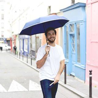 Le saviez-vous ? Dès la première utilisation de votre Beau Nuage, un sentiment de plénitude et de joie vous submergera ! 🍀 . Did you know? As soon as you'll use your Beau Nuage, you will be filled a true sense of joy and plenitude! 🍀 . #beaunuage #monbeaunuage #parapluie #pluie #umbrella #rain #didyouknow #lesaviezvous #serenity #zen #relax #joy #joie #sérénité