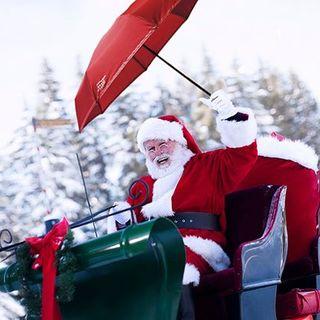 Beau Nuage vous souhaite un nuageux Noël et une pluie de cadeaux ! ☔🎄 . Beau Nuage wishes you a rainy Christmas and a downpour of presents! ☔🎄 .  #beaunuage #monbeaunuage #parapluie #pluie #umbrella #rain #christmas #noel #calendar #calendrier #fêtes