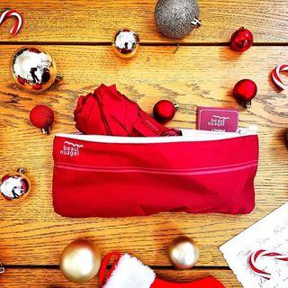 CALENDRIER DE L'AVENT BEAU NUAGE – JOUR 7 🎄 . Il est temps d'écrire sa lettre au Père Noël ! Aujourd'hui nous osons le pari relevé de répondre à l'un de vos souhaits en commentaire. N'étant pas le vrai Père Noël, nous ne pourrons néanmoins pas exaucer les plus fous, mais probablement les plus nuageux ! 🌧 . . BEAU NUAGE ADVENT CALENDAR – DAY 7 🎄 . It is time you write to Santa! Today, we dare to grant one of your wishes in the comments. Since we are not Santa Clause, we won't be able to grant everything, but surely the rainiest ones! 🌧 . .  #beaunuage #monbeaunuage #parapluie #pluie #umbrella #rain #giveaway #jeuconcours #beaunuagepourtous #christmas #noel #calendar #calendrier #fêtes