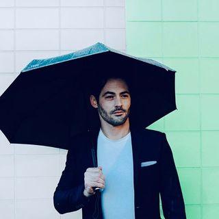 Harmonie des couleurs, harmonie de l'esprit ! 👌 .  Harmony of colours, harmony of spirit! 👌  #Beaunuage #monbeaunuage #rain #pluie #londres #paris #happy #love #picoftheday #instapic #instalove #picoftheday #fashion #nature