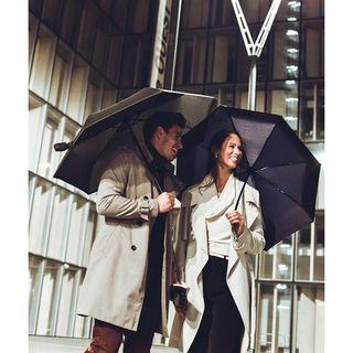Nos Beau Nuage vont si bien ensemble que nous avons créé des réductions nuageuses pour en acheter plusieurs à la fois. De quoi réjouir votre famille ou votre conjoint !� 🌂🌂 . �Our Beau Nuage umbrellas go so well together that we created rainy reductions for those who want to buy in bundles. Great news for your family or your partner! 🌂🌂 .  #beaunuage #monbeaunuage #parapluie #pluie #umbrella #rain #didyouknow #lesaviezvous #reduction